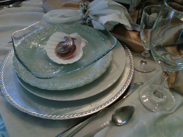 Beach Tablescape, Summer party ideas, seashells, chocolates,