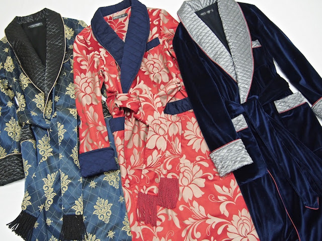 Mens paisley silk dressing gown luxury velvet smoking jacket quilted robe