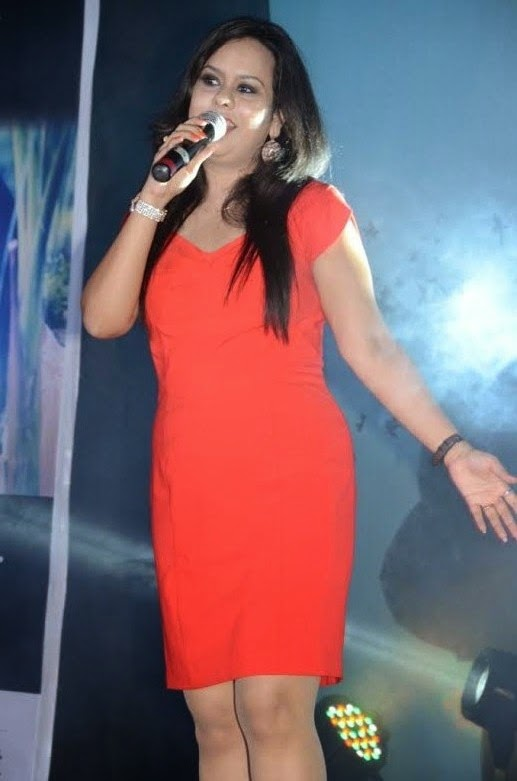 Indian Idol Star Gunjan Rastogi dazzlling  the show