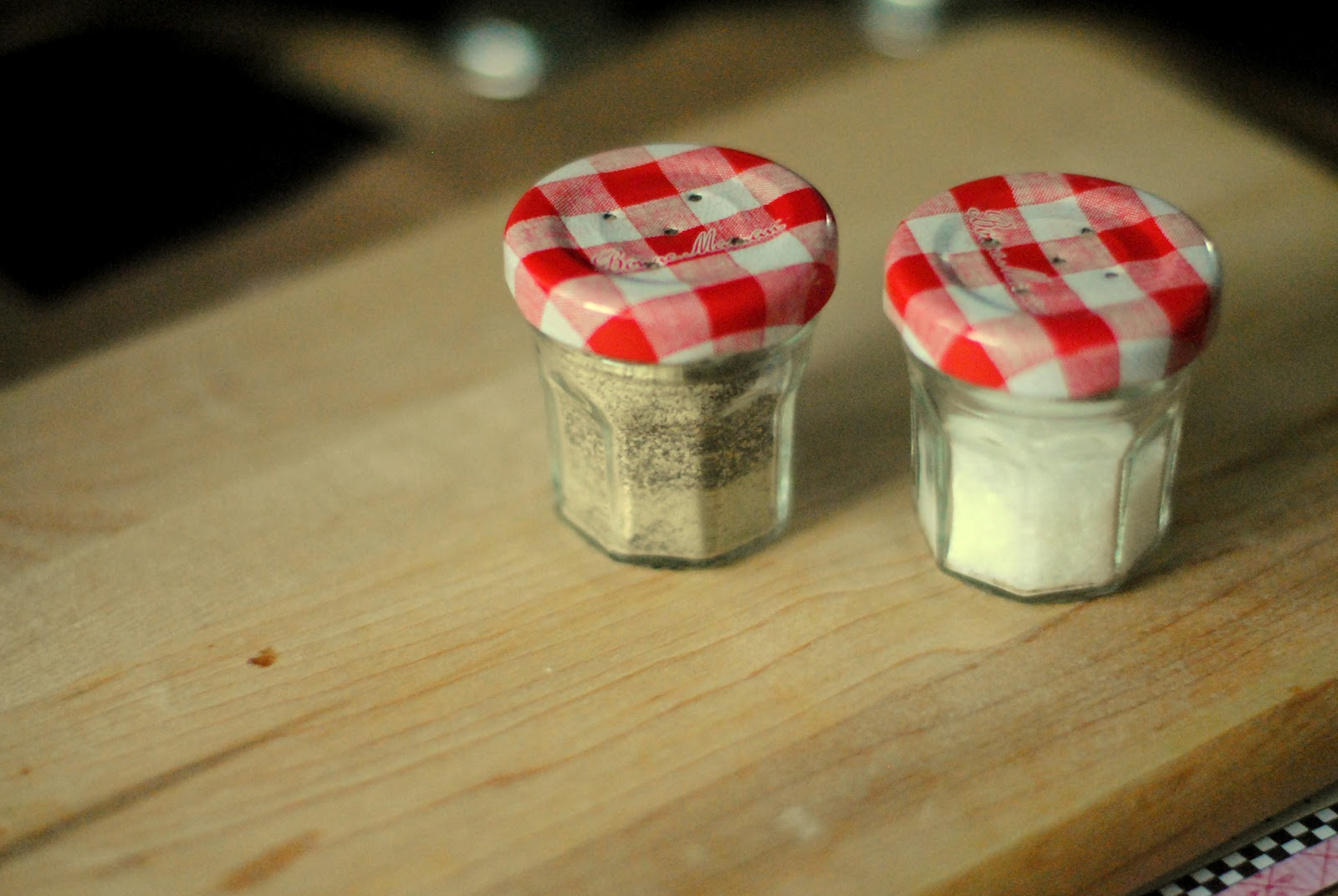 Diy Tiny Jam Jar Salt Pepper Shakers