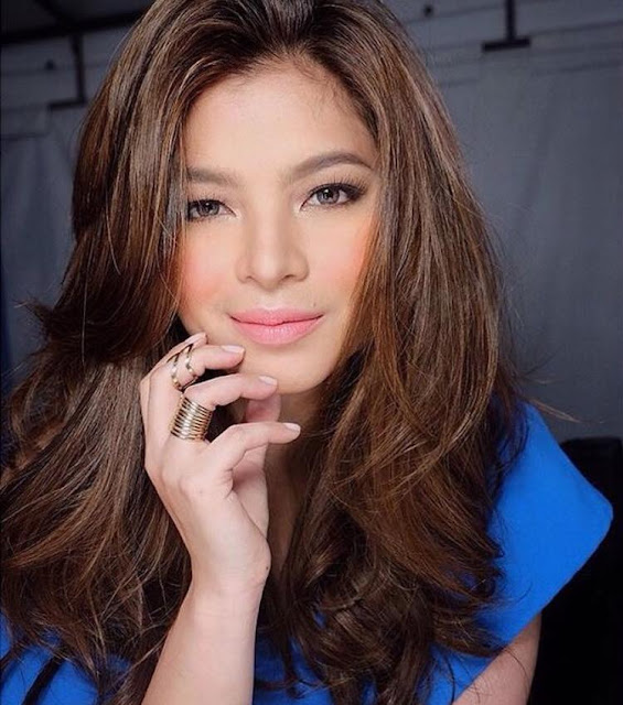 A Netizen Spotted Angel Locsin At The UP Town Center!