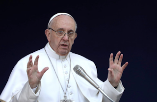Pope Says Texting At The Dinner Table Could Lead To War
