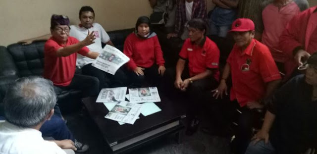 PDIP Kepung Kantor Radar Bogor, Polisi: Ini Melanggar, Kalau Tidak Mau Baik-baik Kami Bubarkan!