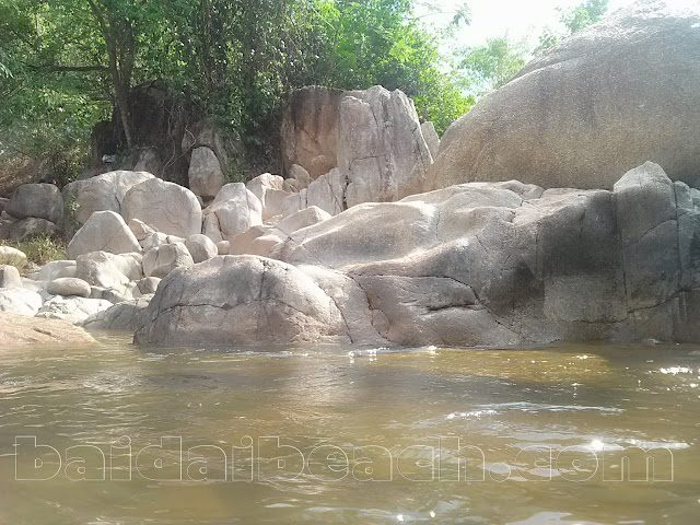 Suối BaLi - Cam Lâm - hòa cùng nhịp sống thiên nhiên