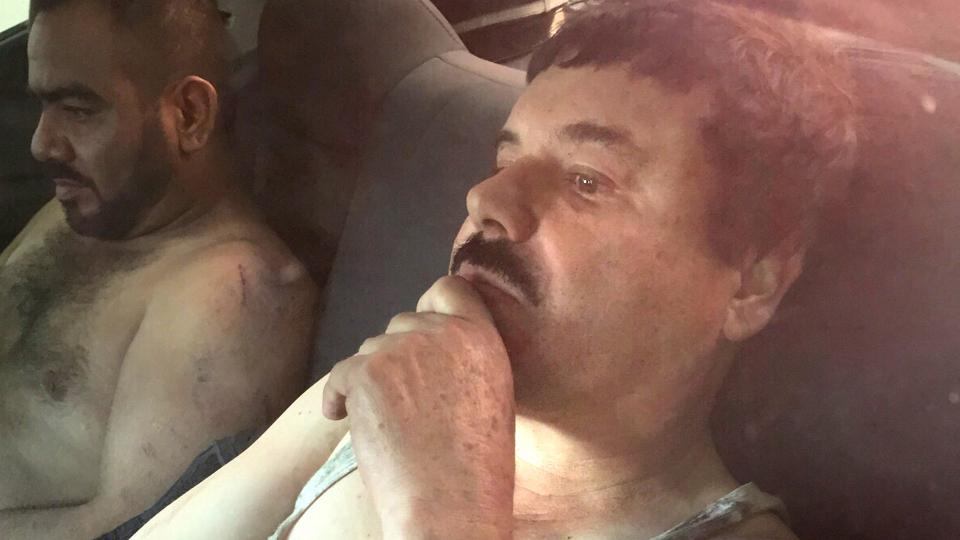 """""""¿Quién vendió la cabeza del Chapo Guzmán, rey de los narcos?"""""""