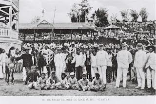 Suasana di Benteng Fort de Kock (1911)