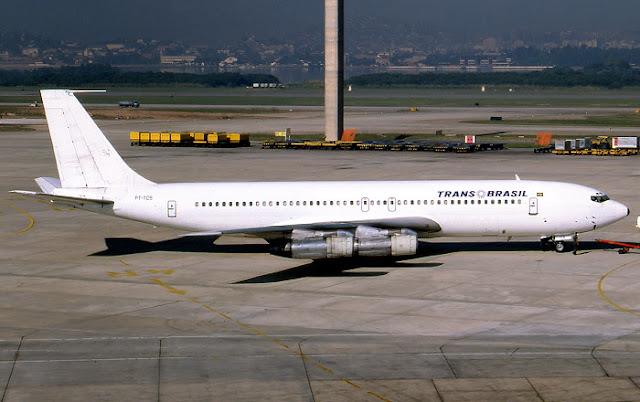 Boeing 707 PT-TCS