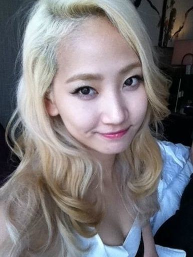yenny_hair_colors_ hair_dye_hair_styles_wondergirls_blond