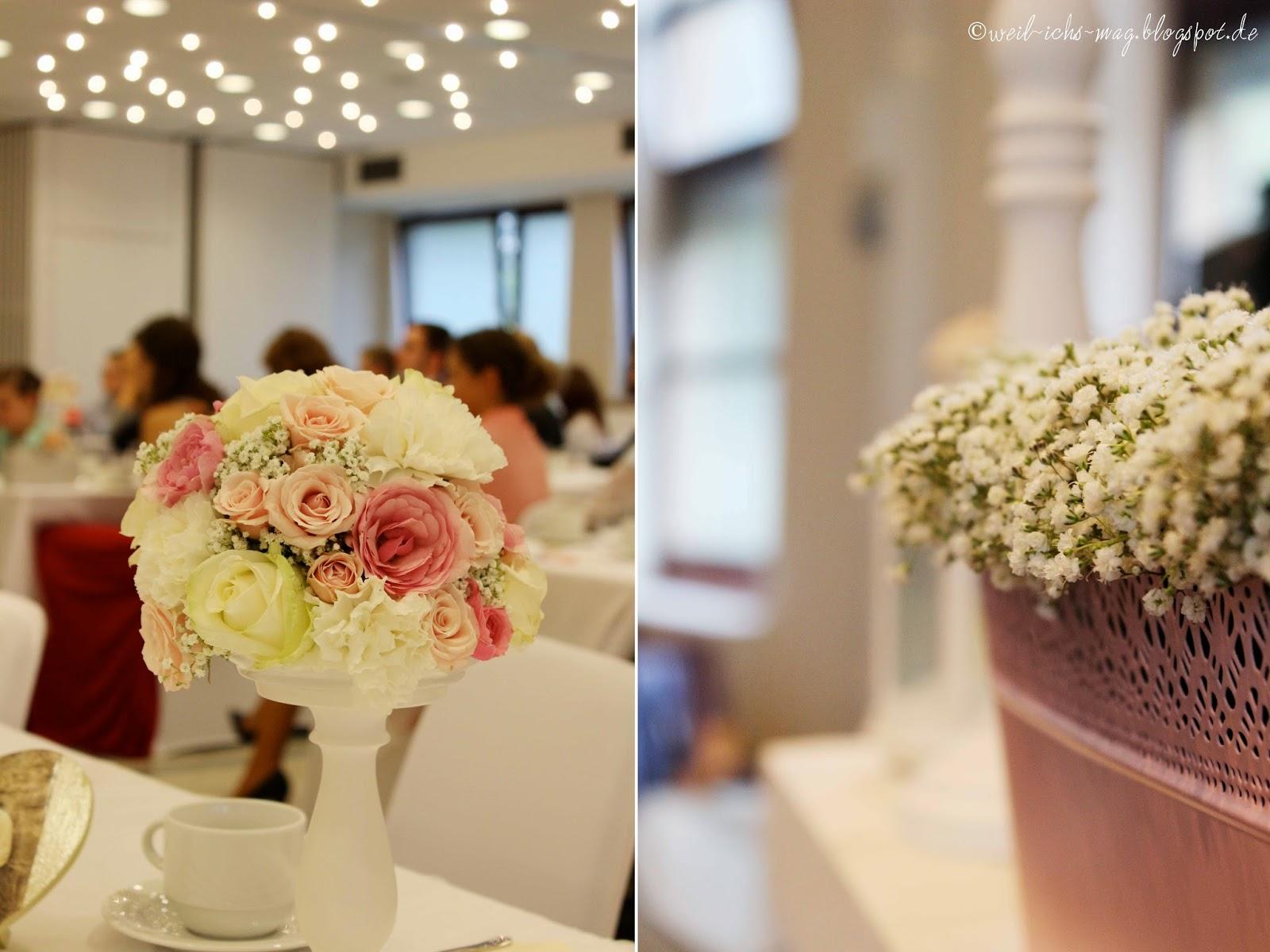 weil ich s mag Blumendeko  Hochzeit im August