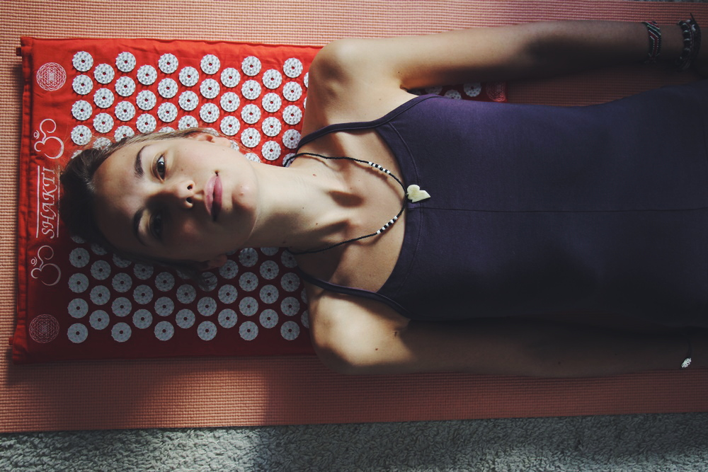 willascherrybomb-shakti-mat-review-meditation-yoga