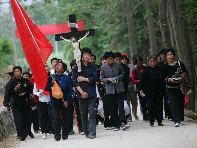 Komunis Tiongkok Larang Aktivitas Semua Gereja di Xinjiang, 80 Orang Ditangkap