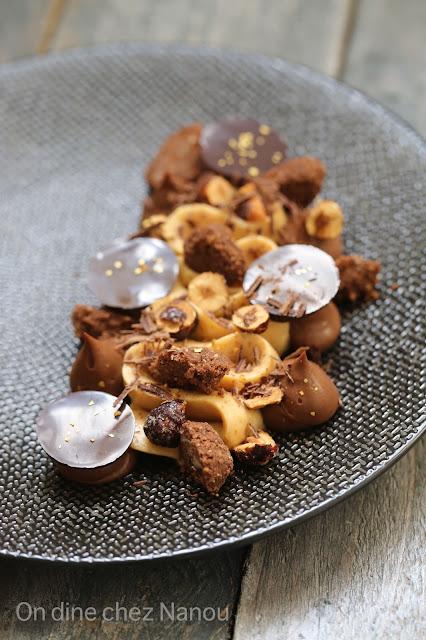 praliné , crème au chooolat, streusel cacao , noisettes