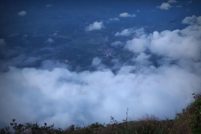 7 Puncak Tertinggi Di Indonesia