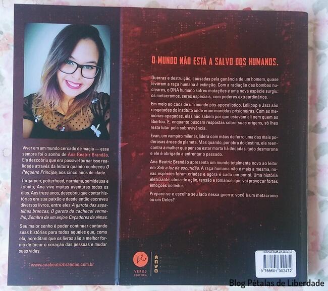 Resenha, livro, Sob-a-luz-da-escuridao, Ana-Beatriz-Brandao, Verus-Editora, blog-literario, petalas-de-liberdade, capa, foto, imagem, sinopse