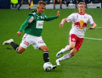 Teknik Dasar, dan 5 Peraturan Permainan Sepak Bola
