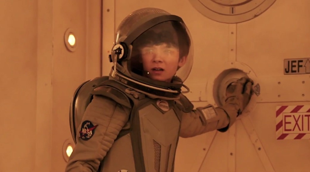 O Espaço Entre Nós | Asa Butterfield e Britt Robertson no 2º trailer do drama de ficção