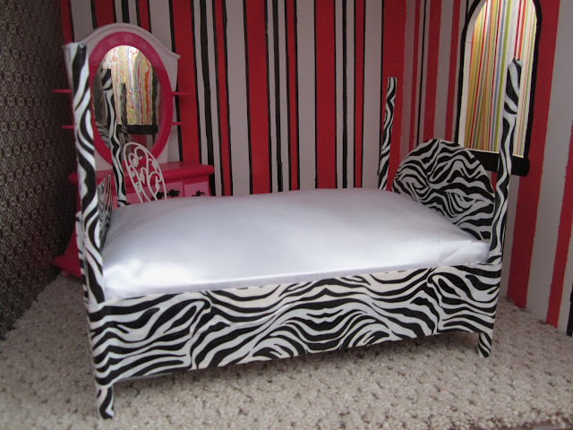 Crafty Couple Diy Barbie Bed
