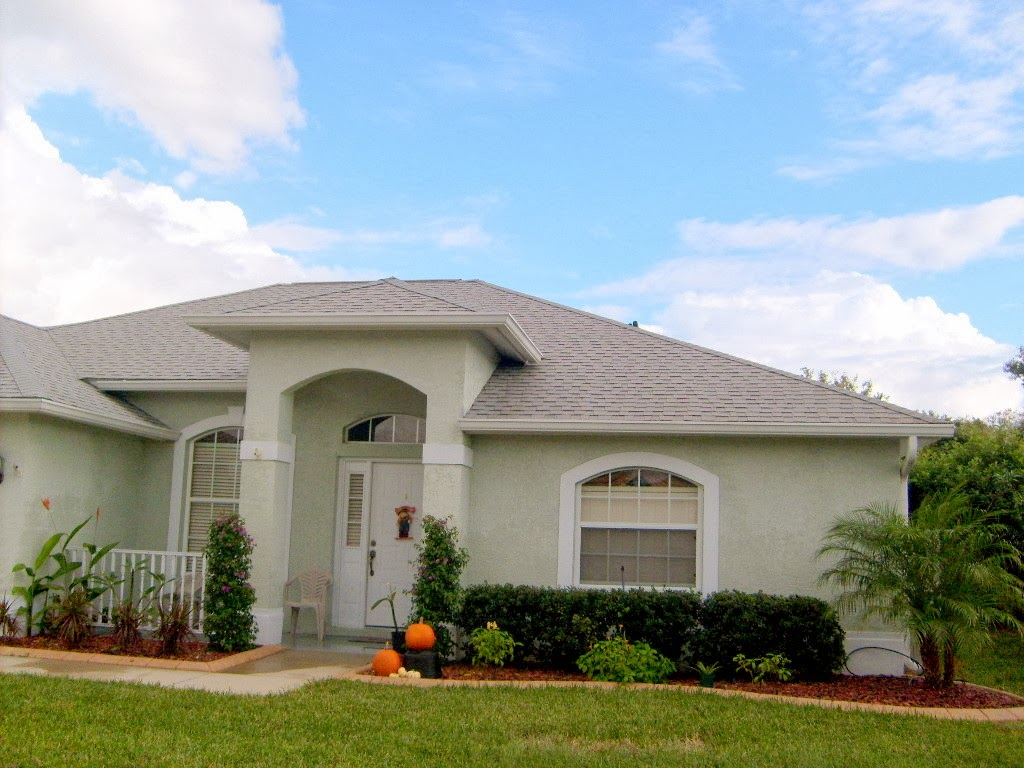 Shingle Roof Cleaning Valrico Florida