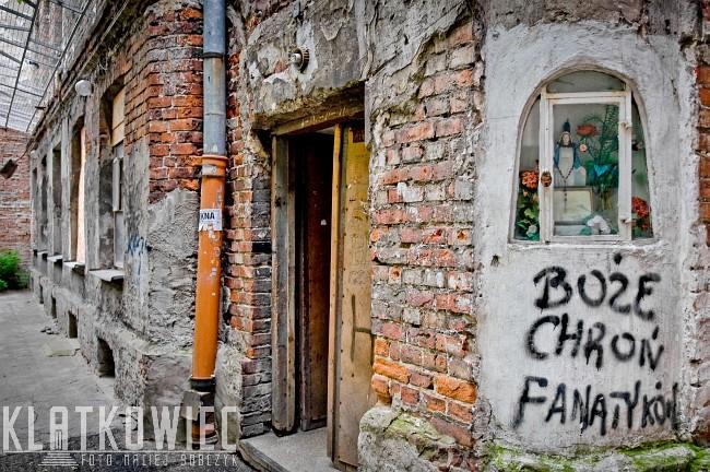 Warszawa: Boże chroń fanatyków