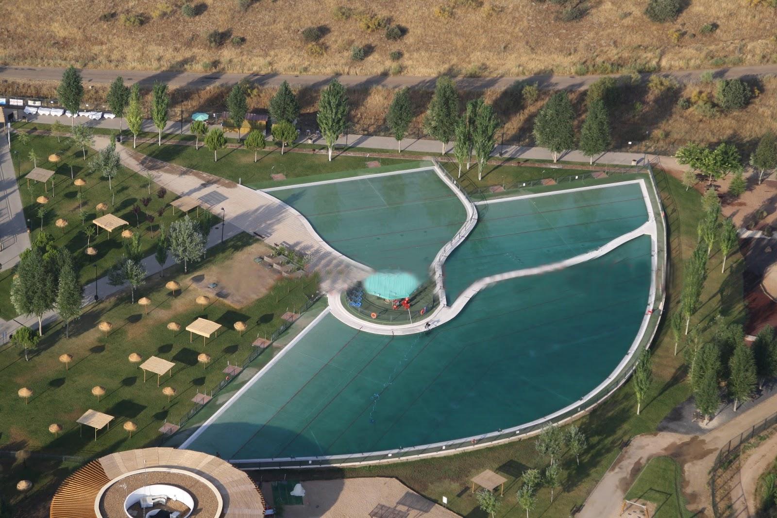Complejo deportivo playas del vicario galeria de imagenes for Piscina municipal ciudad real
