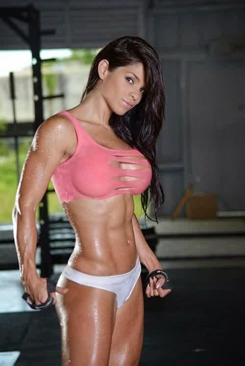 Free Hot Bikini Fitness Babes Pics 40