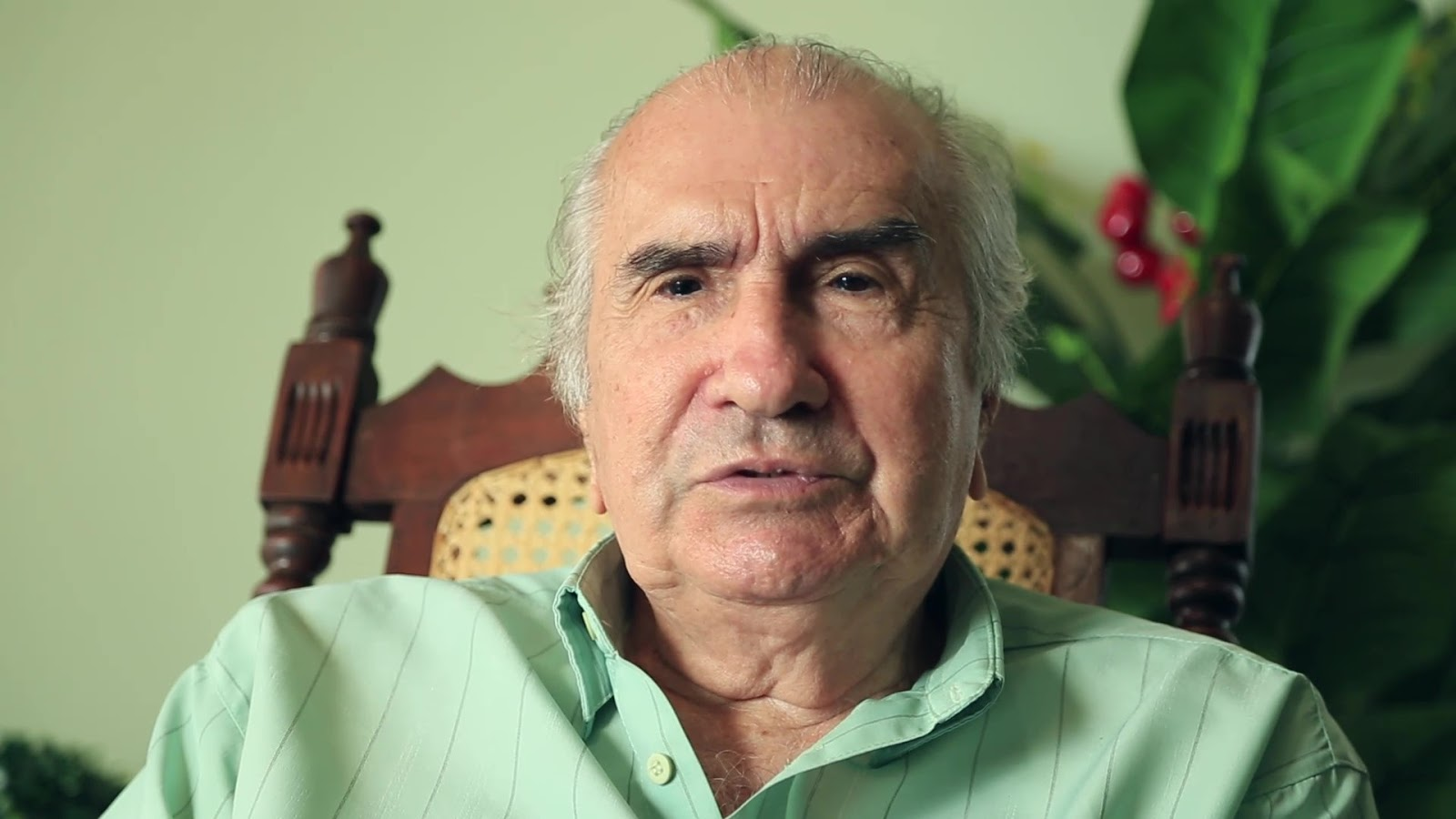 Em videobiografia, Raul Loureiro relata história dos cines Guanabara, Olímpia e Cinerama