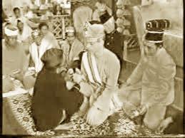 Upacara-Adat-Istiadat-dan-Sistem-Kepercayaan-provinsi-Gorontalo