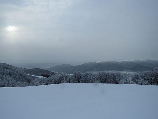 Pierwsze panoramy na Dolinę Wołosatki.