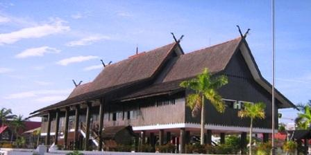 Rumah Adat Betang rumah adat betang dari kalimantan tengah rumah adat betang kalteng