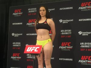 Foto Seksi Veronica Mecedo Pegulat UFC Wanita