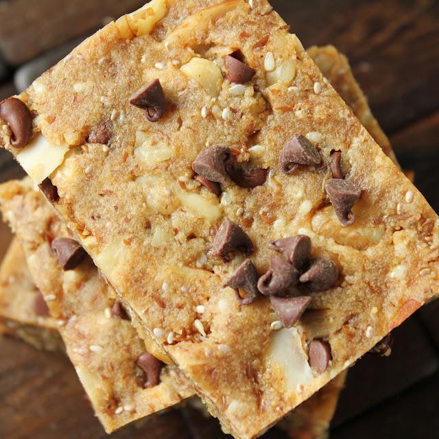 Almond Flour Granola Bars {Gluten-Free, Grain-Free}