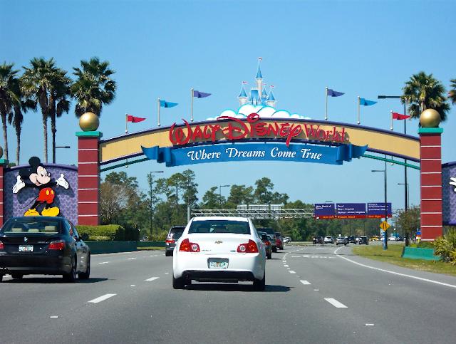 Como alugar carro na Disney e em Orlando