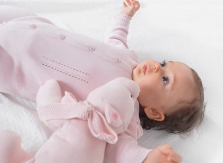 enxoval-de-bebe-lembrancinhas-chá-de-bebe-maternidade-roupinhas-de-bebe-fraldas-quarto-de-bebe