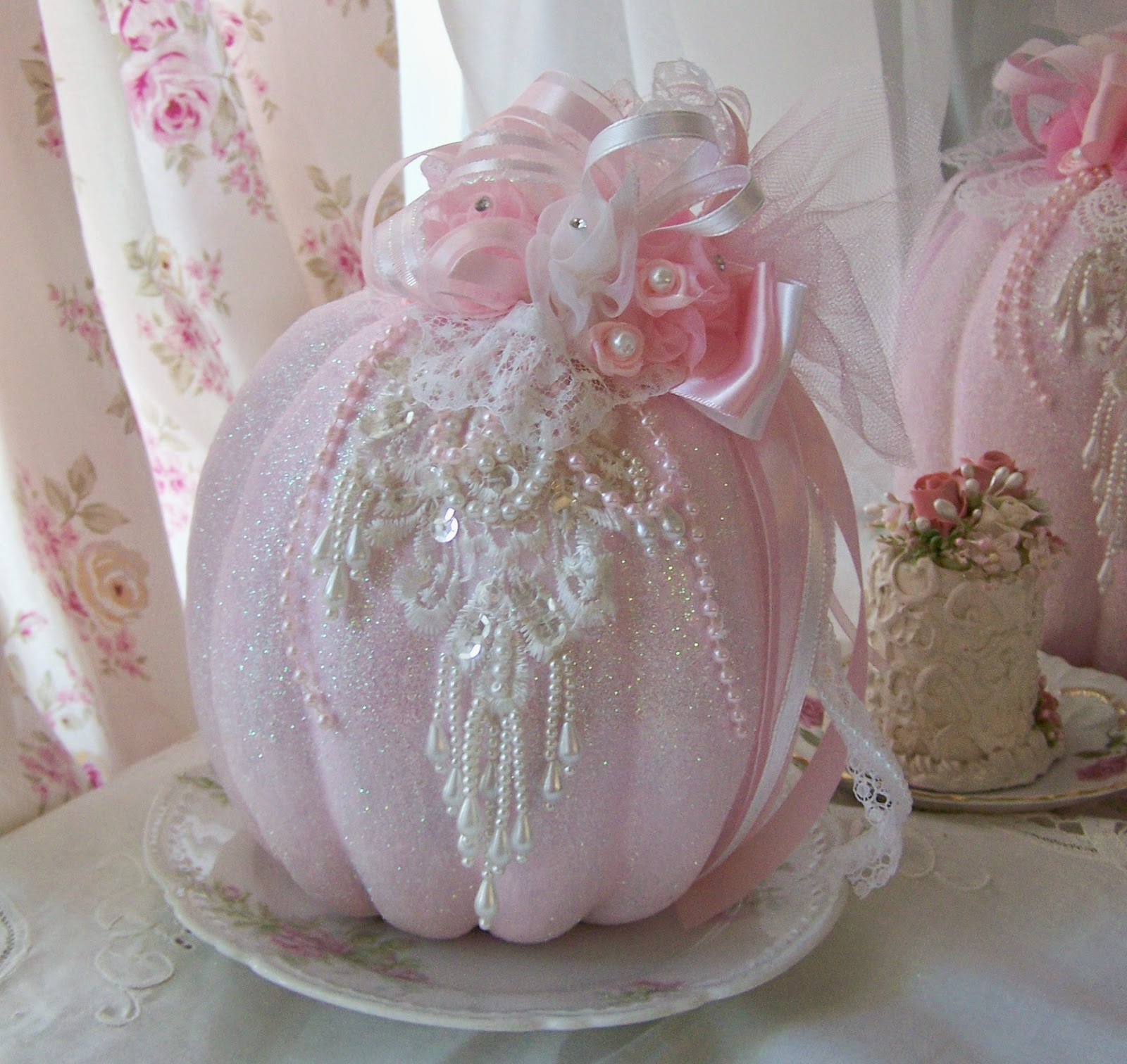 Olivia's Romantic Home: Pink Glam Pumpkins