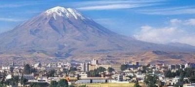 Foto de una vista hermosa del Volcán Misti