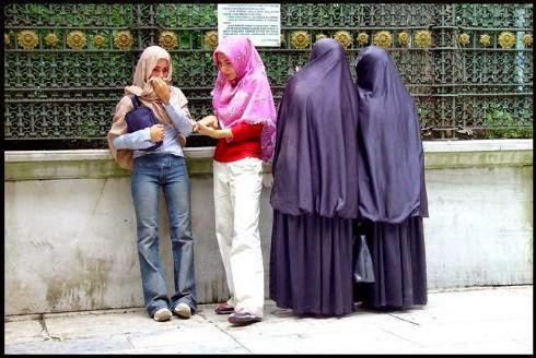 muslimah semakin sulit dan perbedaan