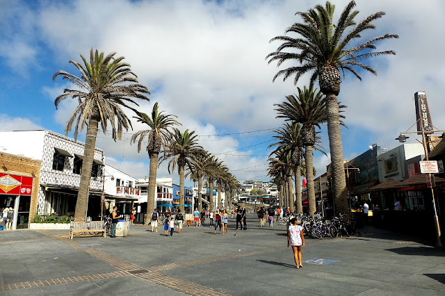 Hermosa Beach Ave
