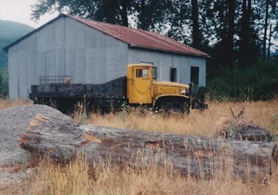 1944-1945 GMC CCKW 2.5-Ton 6x6 Cargo Truck at Elbe, Washington, in August 1998
