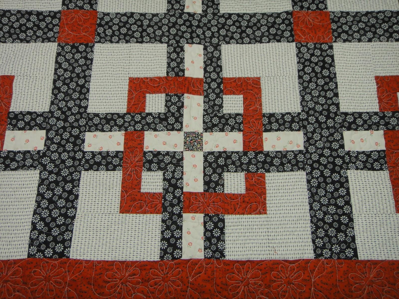 Gwenda Quilts: Garden Labyrinth