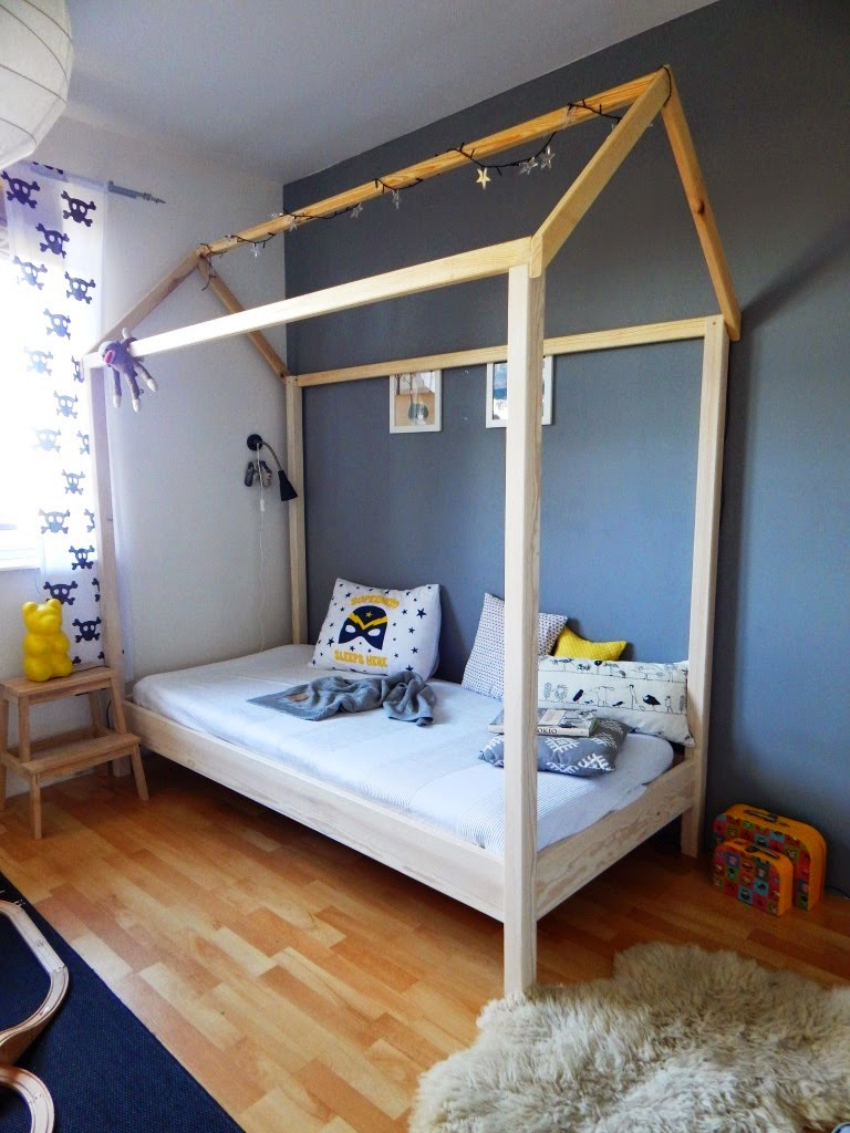 bed-house-kid-room