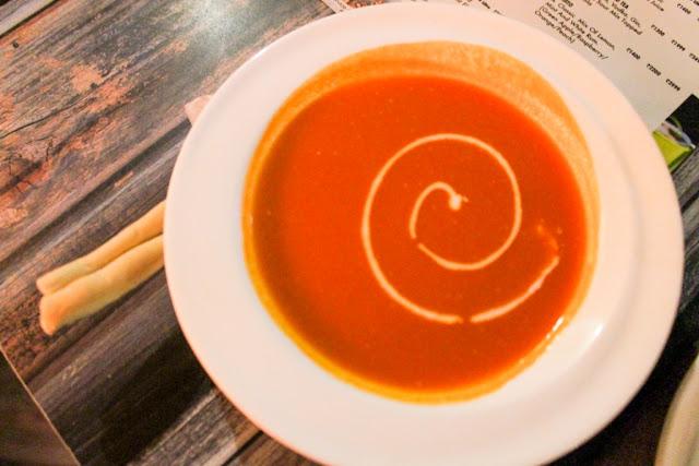 Tomato Soup Vegetarian Delicious Recipe