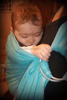 portage bébé RGO reflux gastro oesophagien position physiologique cambre raide