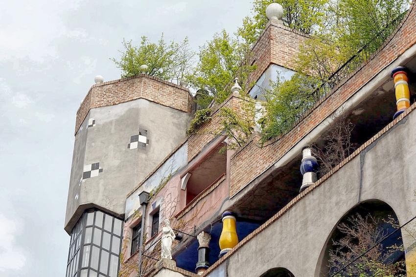 Begrünter Dachgarten Hundertwasserhaus Wien