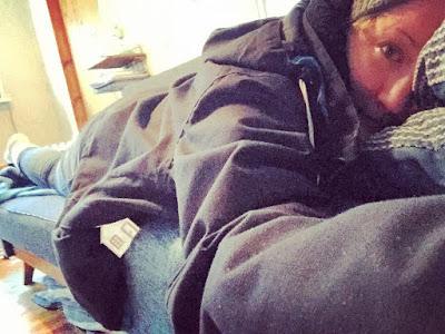 mökki-pirkko sohvalla selkäkipu