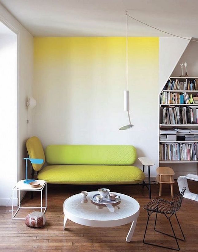 pared con pintura degradada