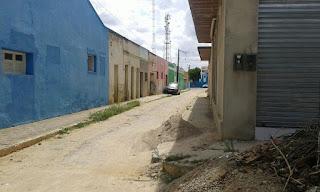 Jovem é assaltada em Cuité por dois bandidos em moto Pop preta, 3.600 reais foram levados