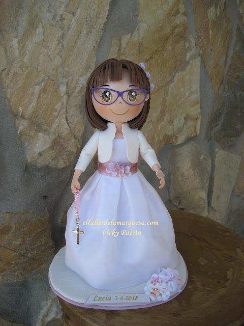 """muñeca fofucha de primera comunión personalizada lucia"""