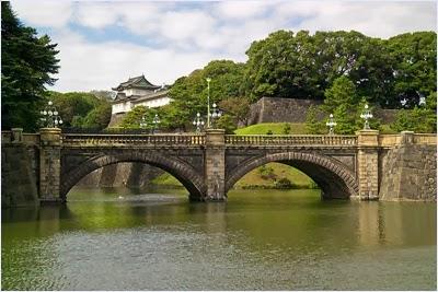 สะพานนิจูบาชิ - พระราชวังอิมพีเรียล (Imperial Palace)