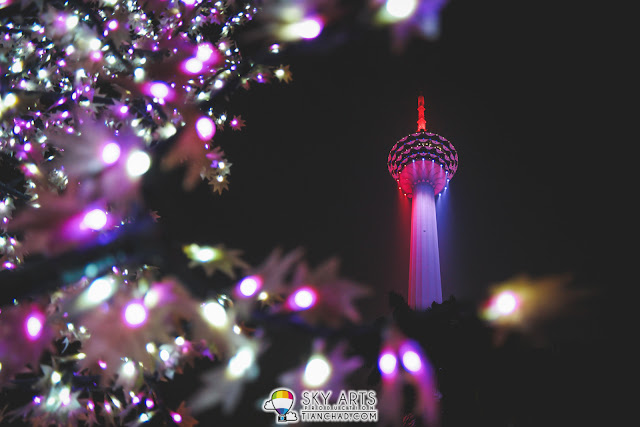 Menara KL does looks perfectly pink and purple that night