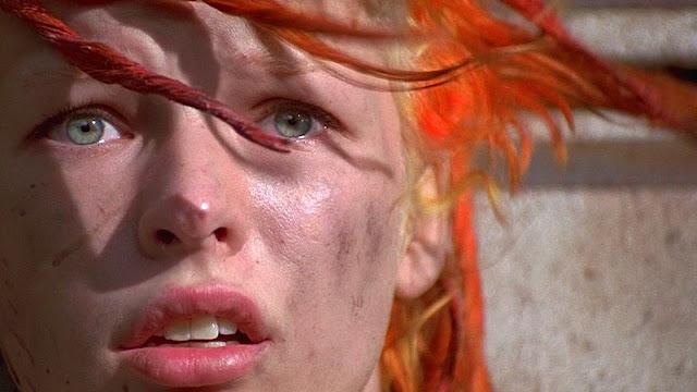 o-quinto-elemento-filme-milla-jojovich-cabelo-vermelho-laranja-cor-de-fogo-leloo